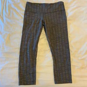 Lululemon Capri leggings , size 6